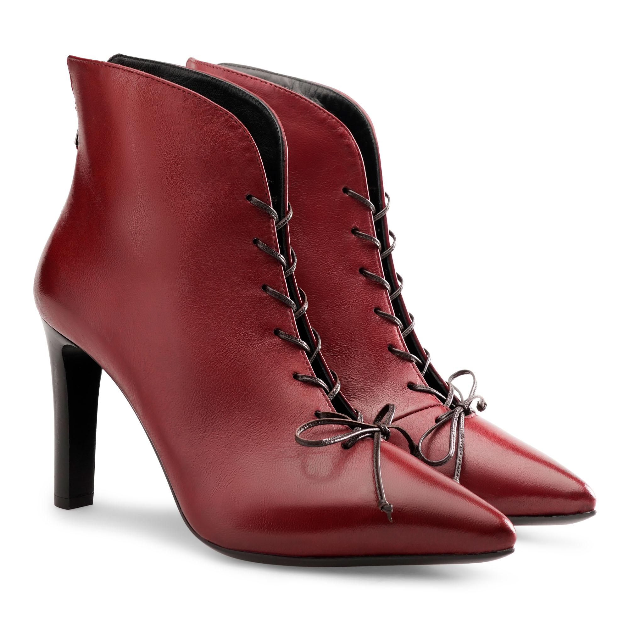 nicole-rosso-emanuela-passeri-scarpe