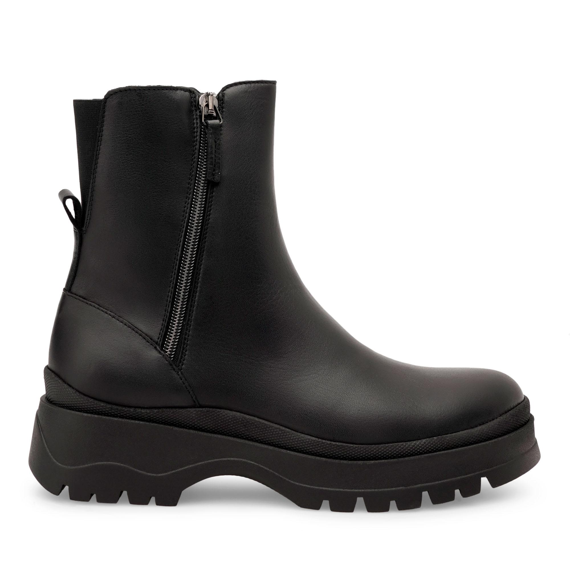 noemi_linea-nera-emanuela-passeri-scarpe
