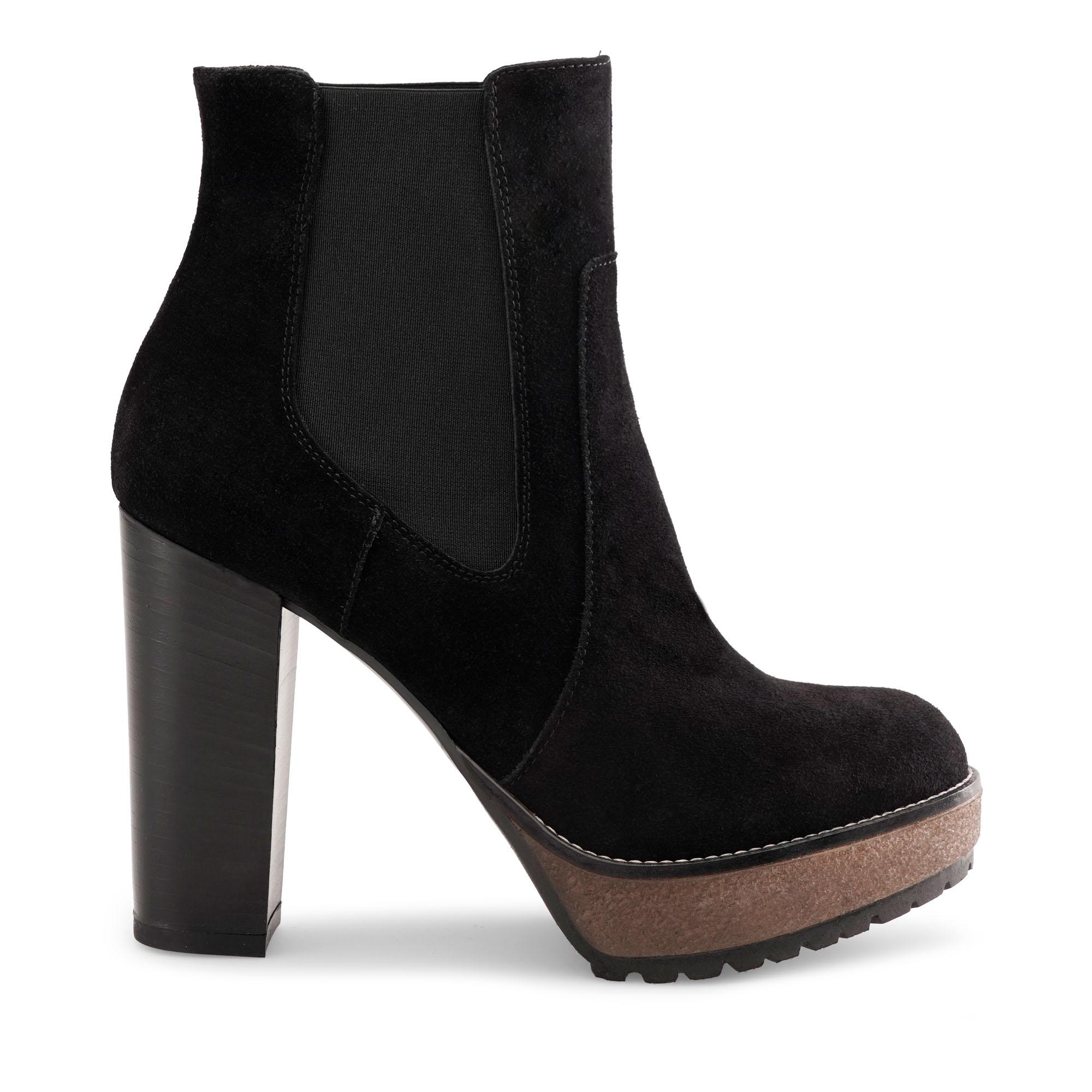 rebecca-emanuela-passeri-scarpe